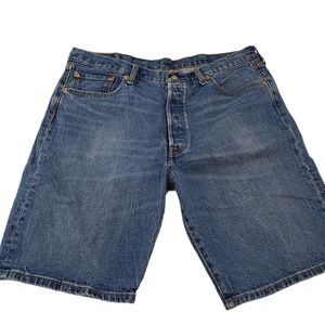 LEVI'S 501 SHORTS BUTTON FLY SIZE 38